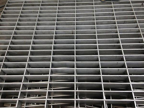 不锈钢钢格板 (1)