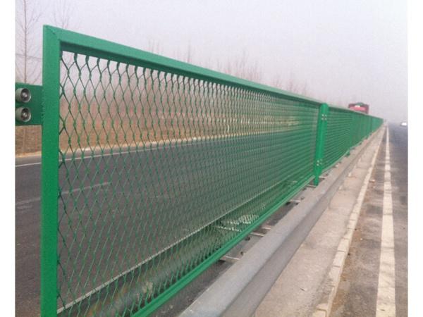 钢板网护栏 (4)