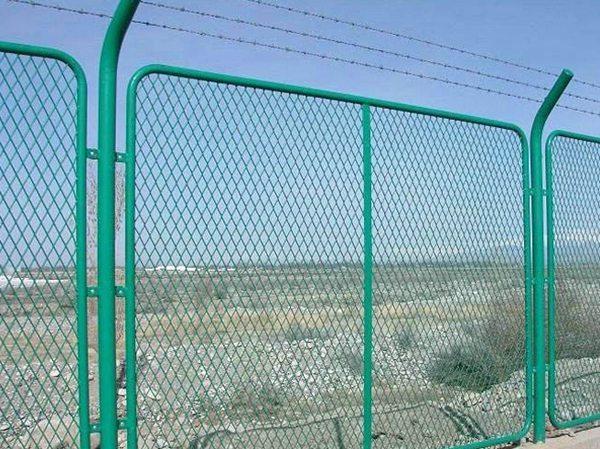 钢板网护栏 (2)