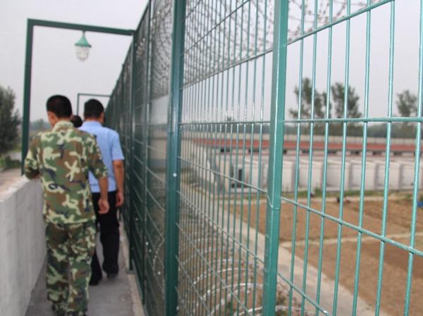 监狱护栏网 (2)