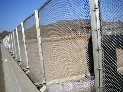 桥梁护栏网 (6)