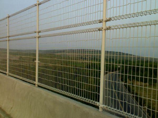 桥梁护栏网 (3)