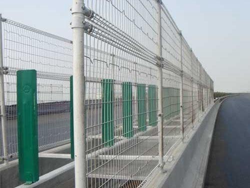 桥梁护栏网 (4)