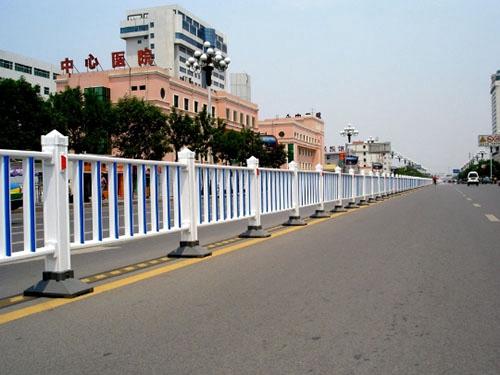 市政铁艺围栏网 (1)