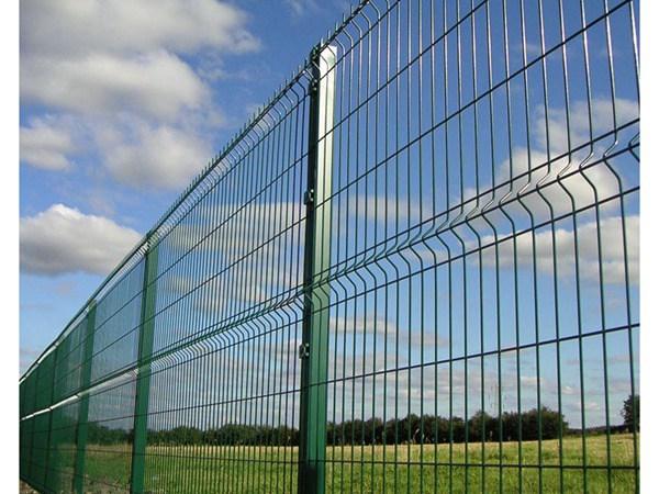 三角折弯护栏网 (8)