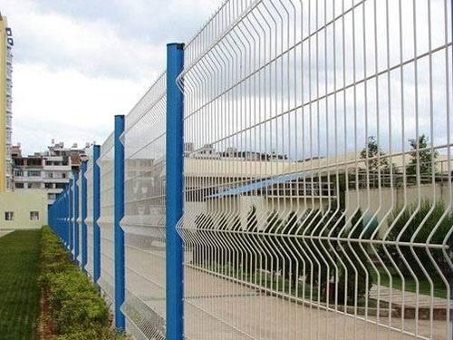 桃型柱护栏网 (2)