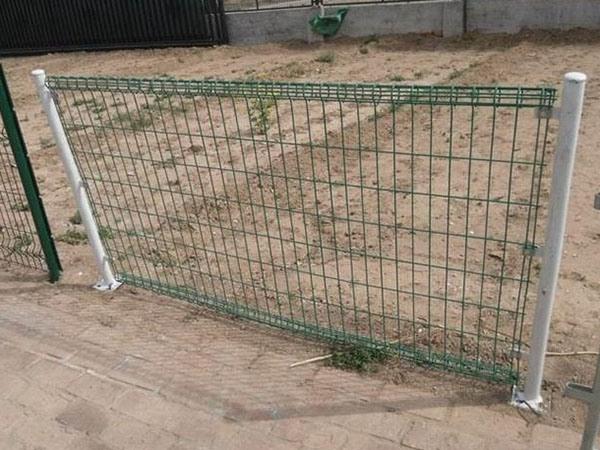 双圈护栏网 (7)