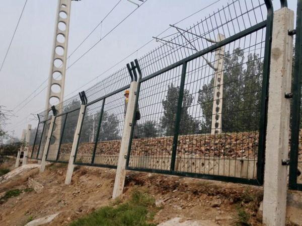 铁路护栏网 (8)